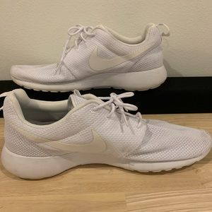 White Nike 12 lightweight sneakers
